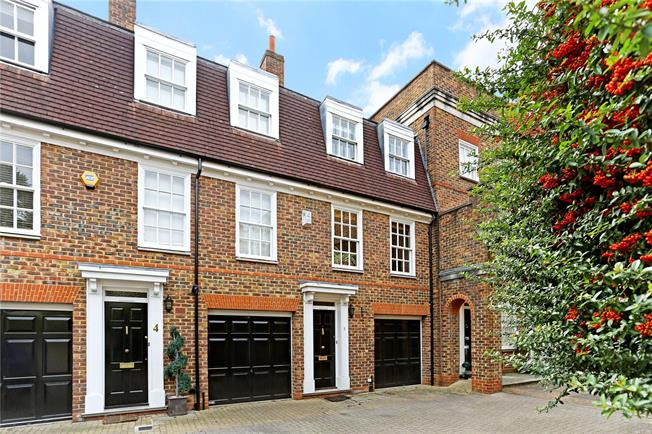Asking Price £799,950, 3 Bedroom Terraced House For Sale in Brentford, TW8