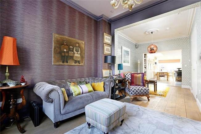 Asking Price £1,400,000, 4 Bedroom Terraced House For Sale in London, W4