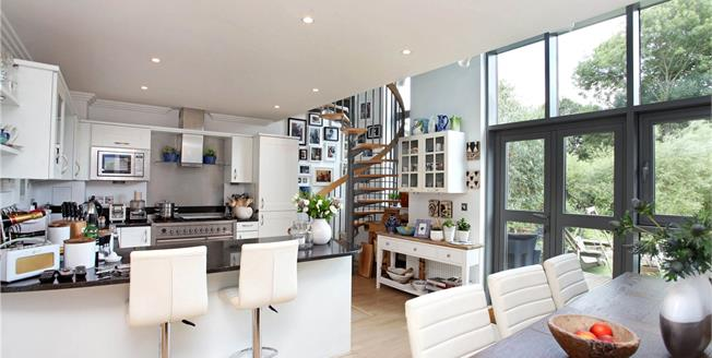 Asking Price £1,499,950, 4 Bedroom Terraced House For Sale in Brentford, TW8