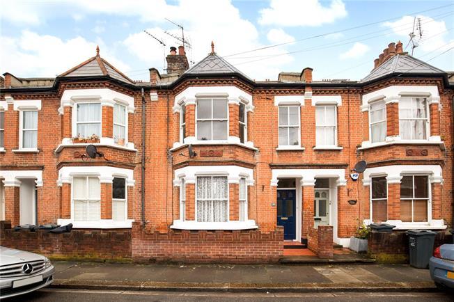 Asking Price £325,000, 1 Bedroom Flat For Sale in Brentford, TW8