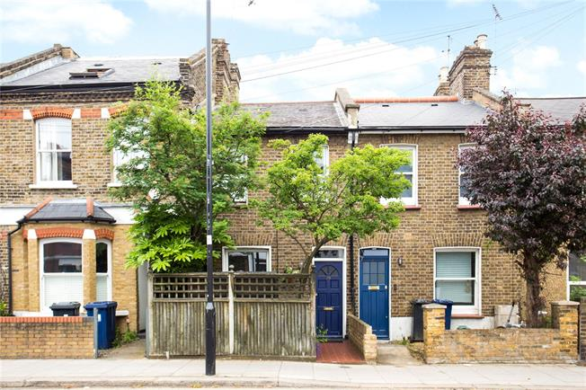 Asking Price £750,000, 2 Bedroom Terraced House For Sale in London, W4