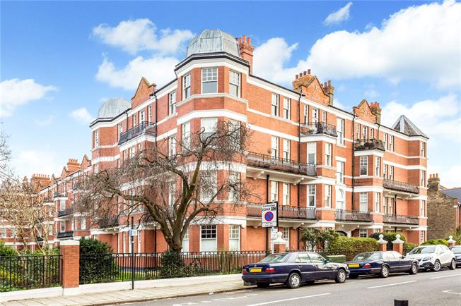 Asking Price £1,375,000, 4 Bedroom Flat For Sale in London, W4