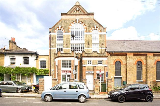 Asking Price £450,000, 1 Bedroom Flat For Sale in London, W6