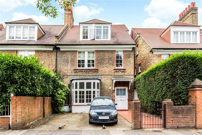 Asking Price £495,000, 1 Bedroom Flat For Sale in London, W4