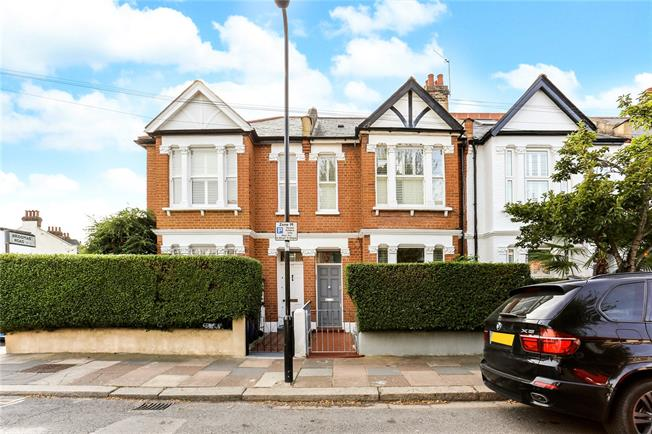 Asking Price £685,000, 2 Bedroom Flat For Sale in London, W4