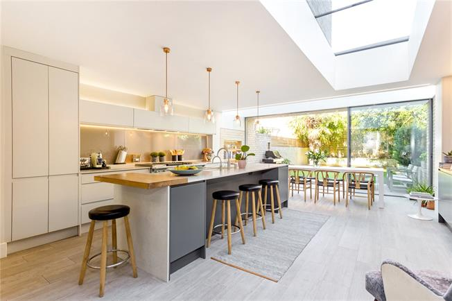 Asking Price £2,750,000, 5 Bedroom Terraced House For Sale in London, W6