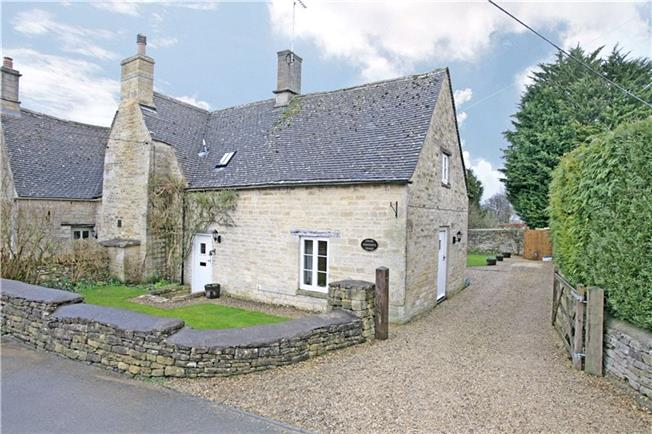 Guide Price £525,000, 3 Bedroom Semi Detached House For Sale in Sherborne, GL54