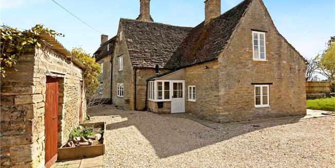 Guide Price £415,000, 3 Bedroom Semi Detached House For Sale in Ashton Keynes, SN6