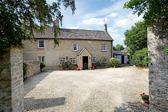 Guide Price £995,000, 5 Bedroom House For Sale in Gloucestershire, GL7