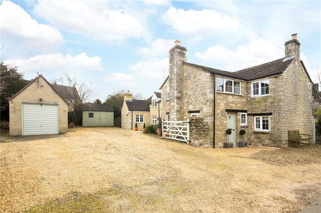 Guide Price £570,000, 3 Bedroom Detached House For Sale in Wiltshire, SN6