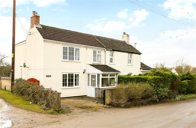 Guide Price £335,000, 3 Bedroom Semi Detached House For Sale in Brinkworth, SN15