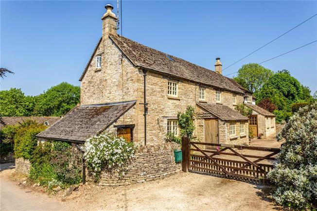 Guide Price £625,000, 4 Bedroom Detached House For Sale in Duntisbourne Leer, GL7
