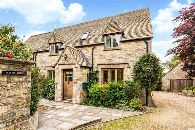 Guide Price £775,000, 4 Bedroom Detached House For Sale in Duntisbourne Abbotts, GL7