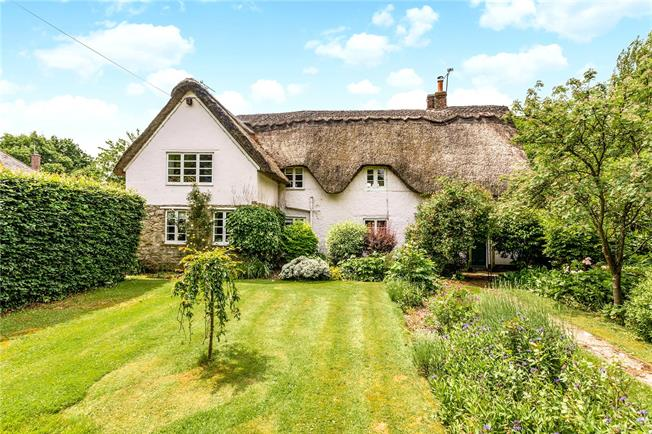 Guide Price £995,000, 4 Bedroom Detached House For Sale in Wiltshire, SN5