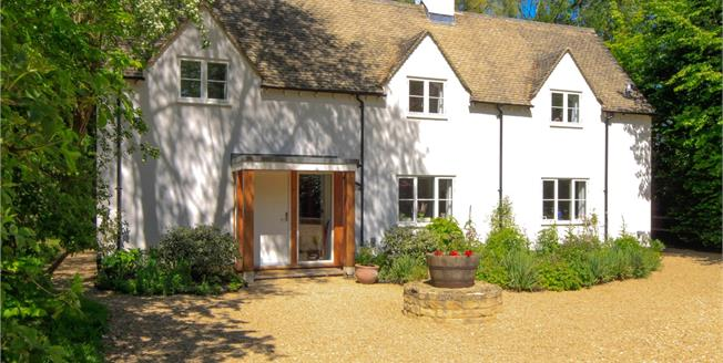 Guide Price £895,000, 4 Bedroom Detached House For Sale in Malmesbury, Wiltshire, SN16