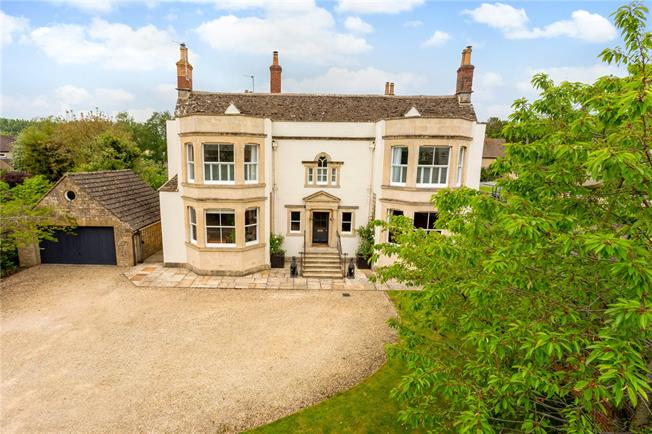 Guide Price £1,250,000, 6 Bedroom Detached House For Sale in Malmesbury, SN16
