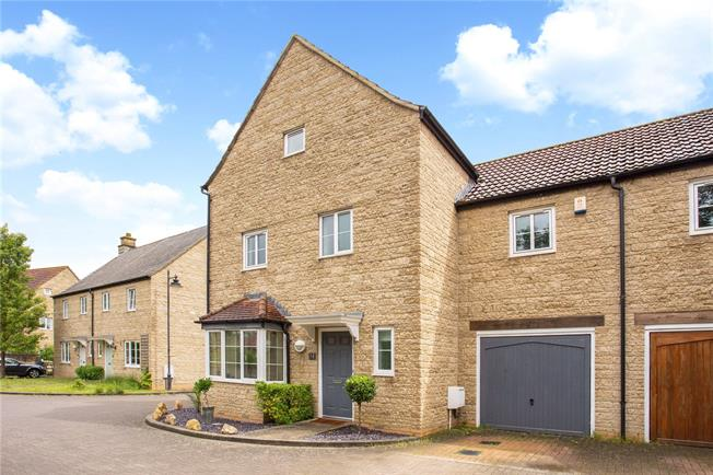 Guide Price £465,000, 5 Bedroom Semi Detached House For Sale in Wiltshire, SN16