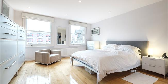 Asking Price £2,499,950, 3 Bedroom Terraced House For Sale in London, EC1Y