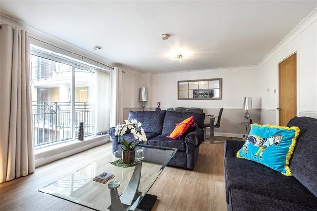 Asking Price £600,000, 1 Bedroom Flat For Sale in London, EC4V