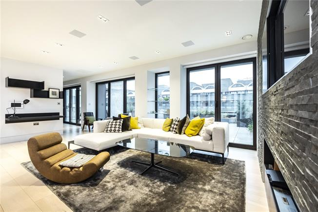Asking Price £3,800,000, 3 Bedroom Flat For Sale in London, EC2Y