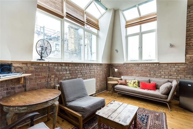 Asking Price £625,000, 1 Bedroom Flat For Sale in London, WC1B
