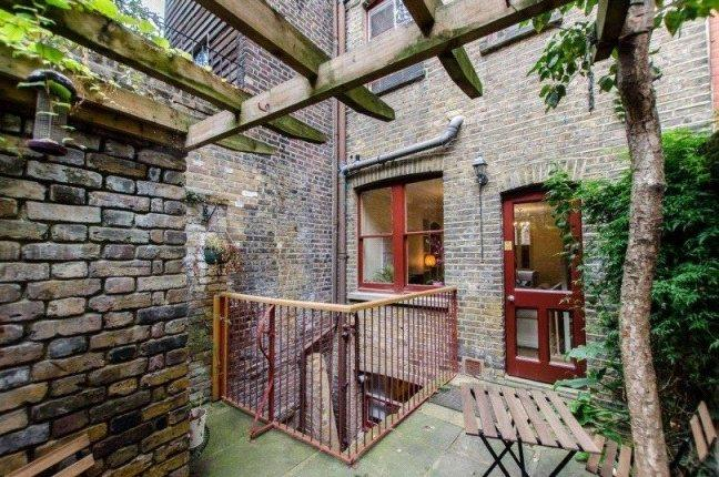 Asking Price £1,750,000, 5 Bedroom Terraced House For Sale in London, E1