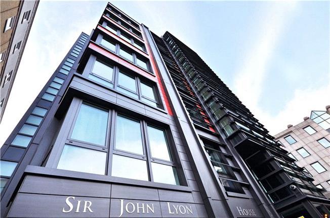 Asking Price £550,000, 1 Bedroom Flat For Sale in London, EC4V
