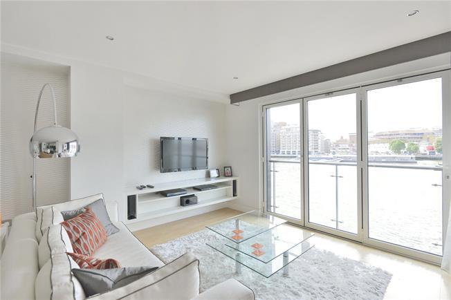 Asking Price £1,750,000, 2 Bedroom Flat For Sale in London, EC4V