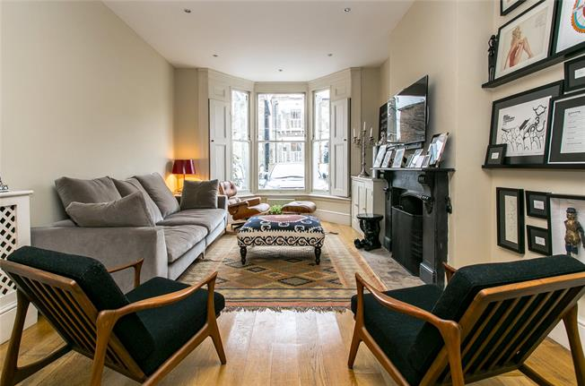 Guide Price £1,850,000, 5 Bedroom Terraced House For Sale in London, SW4