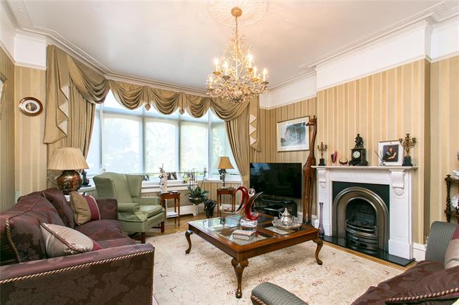 Guide Price £2,250,000, 6 Bedroom Semi Detached House For Sale in London, SW4