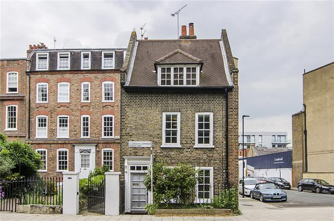 Guide Price £1,600,000, 4 Bedroom Detached House For Sale in London, SW4