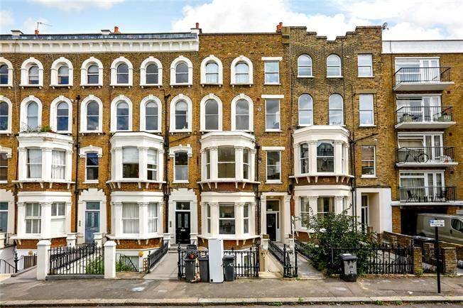 Price on Application, 2 Bedroom Flat For Sale in London, SW4