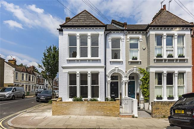 Asking Price £1,875,000, 5 Bedroom Semi Detached House For Sale in London, SW4