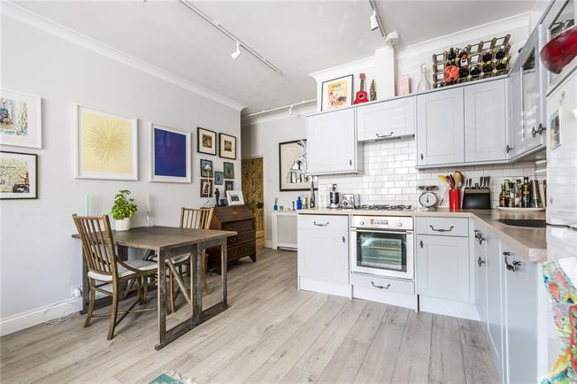 Offers in excess of £525,000, 2 Bedroom Flat For Sale in London, SW8