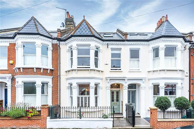Guide Price £1,620,000, 5 Bedroom Terraced House For Sale in London, SW4