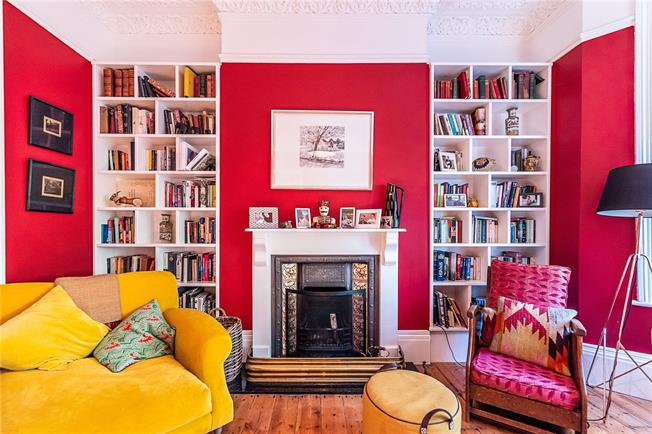 Guide Price £950,000, 4 Bedroom Terraced House For Sale in London, SW2