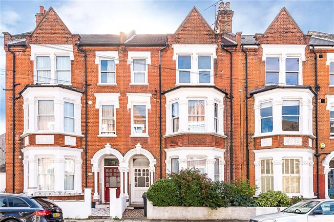Asking Price £550,000, 1 Bedroom Flat For Sale in London, SW2