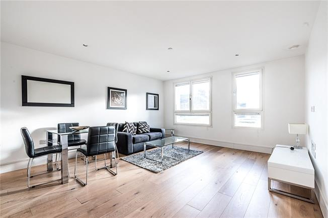 Offers in excess of £465,000, 1 Bedroom Flat For Sale in London, SW4