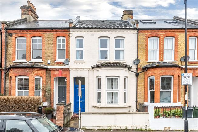 Asking Price £850,000, 4 Bedroom Terraced House For Sale in London, SW2