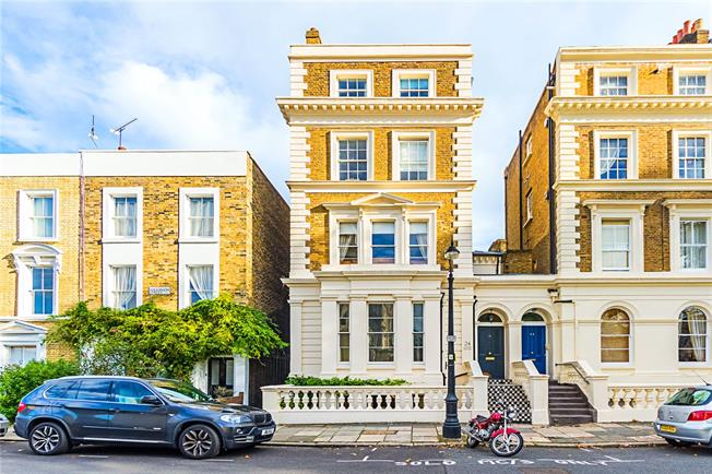 Guide Price £2,500,000, 6 Bedroom Semi Detached House For Sale in London, SW8