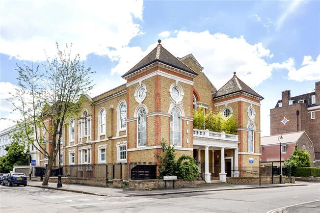 Asking Price £1,175,000, 2 Bedroom Flat For Sale in London, SW4