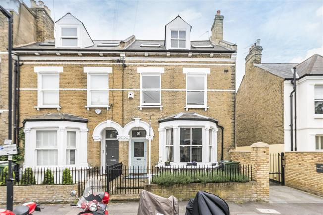 Asking Price £1,850,000, 5 Bedroom Semi Detached House For Sale in London, SW4
