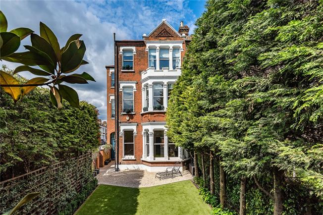 Guide Price £3,250,000, 6 Bedroom End of Terrace House For Sale in London, SW4