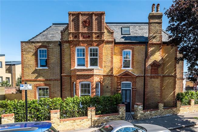 Offers in excess of £1,250,000, 5 Bedroom Semi Detached House For Sale in London, SW2