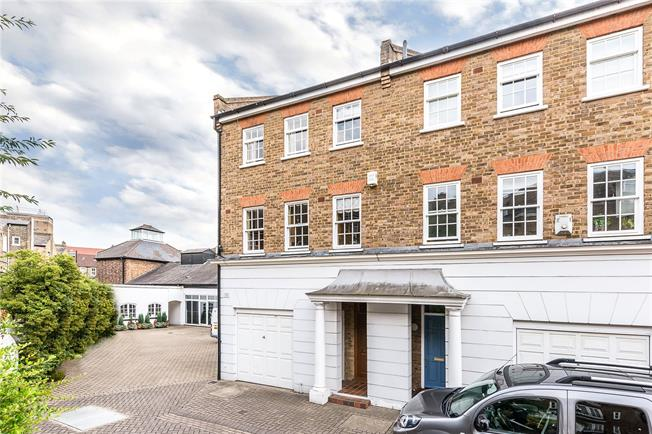 Guide Price £1,295,000, 3 Bedroom End of Terrace House For Sale in London, SW8