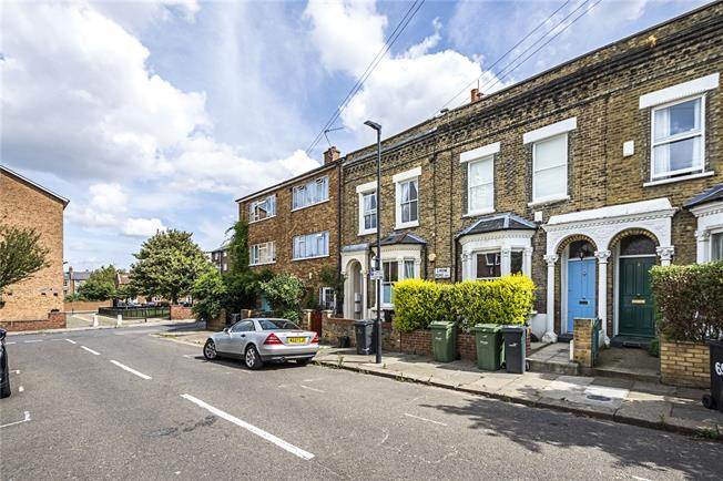 Asking Price £875,000, 4 Bedroom Terraced House For Sale in London, SW4
