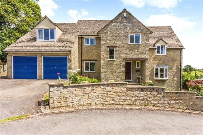 Guide Price £875,000, 5 Bedroom Detached House For Sale in Woodstock, Oxfordshire, OX20