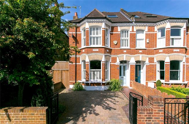 Asking Price £1,385,000, 5 Bedroom Semi Detached House For Sale in London, SE21