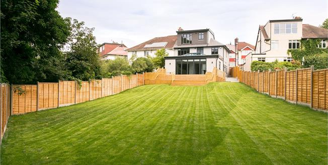 Asking Price £1,400,000, 5 Bedroom Semi Detached House For Sale in London, SE23