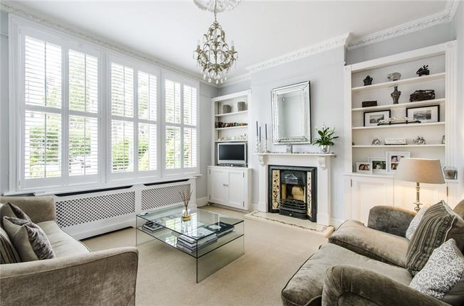Asking Price £1,150,000, 3 Bedroom Semi Detached House For Sale in London, SE21